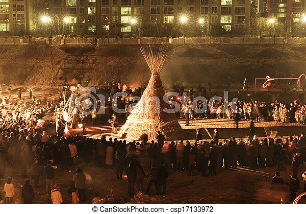 Evento cultural tradicional en Corea del Sur, Daeboreum - csp17133972