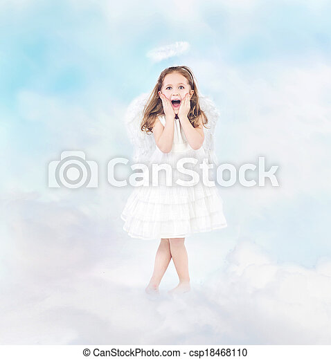 Surprised cheerful little girl among clouds - csp18468110