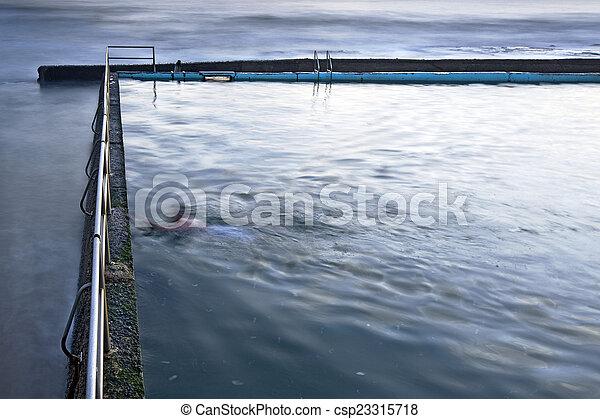 swimmer - csp23315718