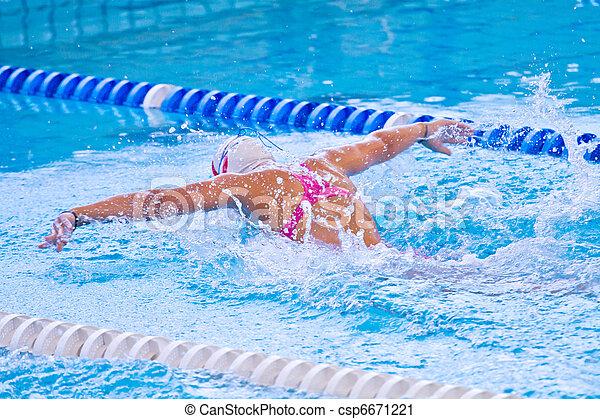 swimmer - csp6671221