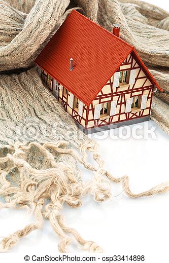 Casa con bufanda. Aislante de símbolo - csp33414898