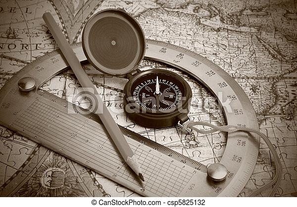 szögmérő, iránytű - csp5825132