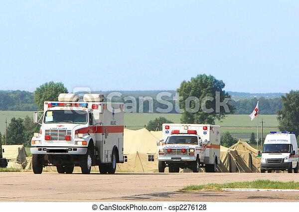 szükséghelyzet, mentőautó - csp2276128