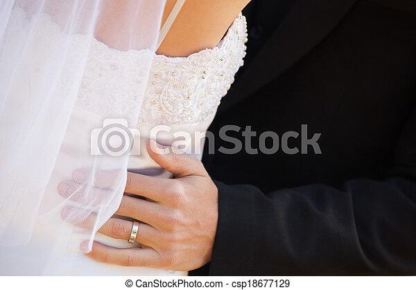 szakasz, átkarolás, párosít, középső, newlywed - csp18677129