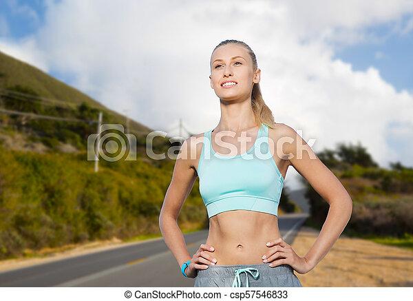 szczęśliwa kobieta, outdoors, młody, lekkoatletyka - csp57546833