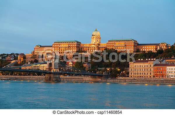 Szechenyi chain bridge in Budapest, Hungary - csp11460854