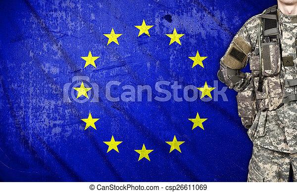 szegényház katona, lobogó, európai - csp26611069