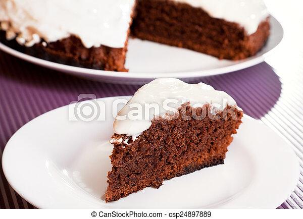 vit chokladgrädde tårta