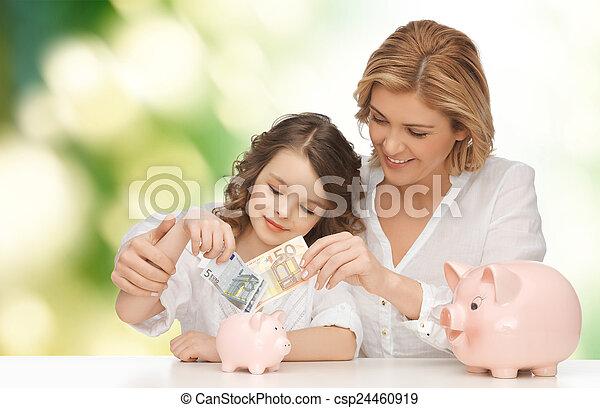 töchterchen, geld, setzen, schweinchen, mutter, banken - csp24460919