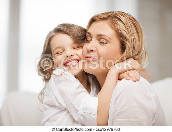 Mutter und Tochter - csp12979763