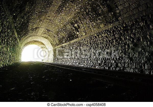 túnel, luz, fim - csp4058408