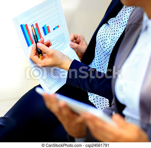 tabellen, analysiert, leute geschäft - csp24561791
