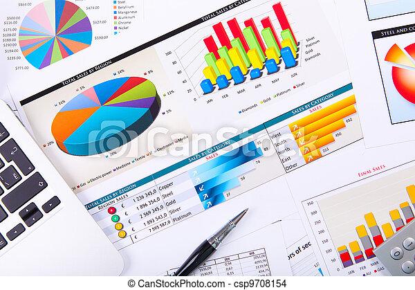 Graphen, Tabellen, Geschäftstisch. - csp9708154