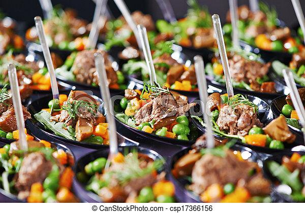Una mesa de catering - csp17366156