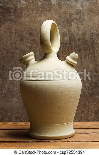 table bois, bouteille, argile - csp72554394