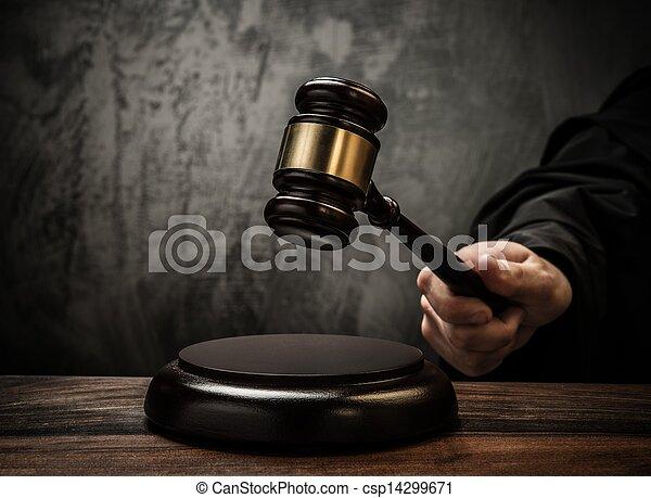 table bois, marteau, prise, juge - csp14299671