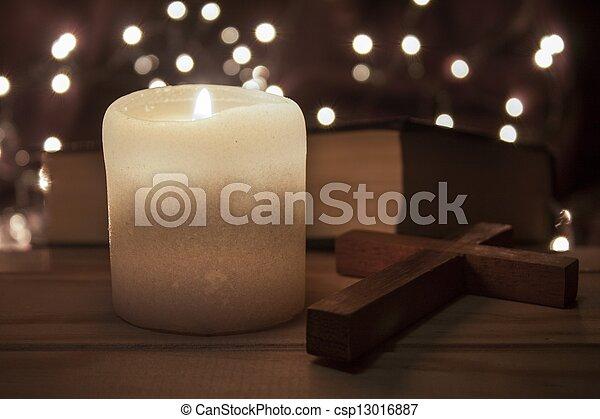 table bois, vieux, bougie - csp13016887
