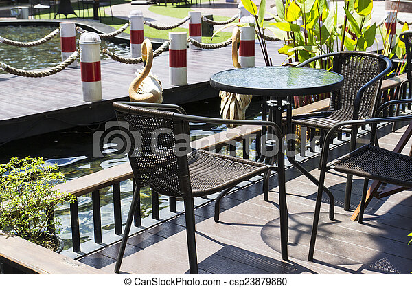 Table Chaise Terrasse Magasin Cafe Etang