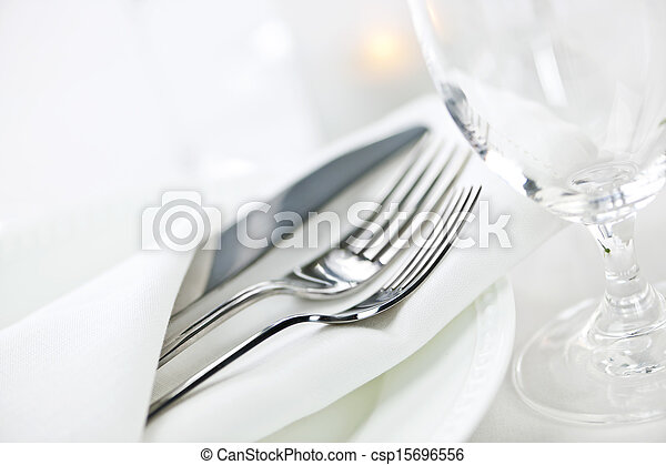 Table setting for fine dining - csp15696556