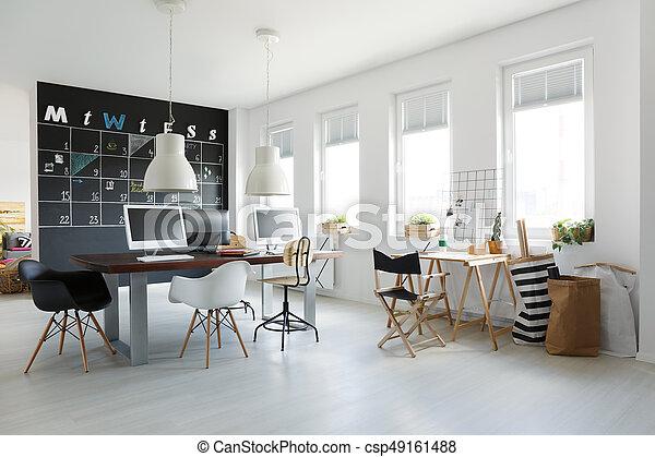 Tableau noir bureau espace bureau mur tableau noir branché