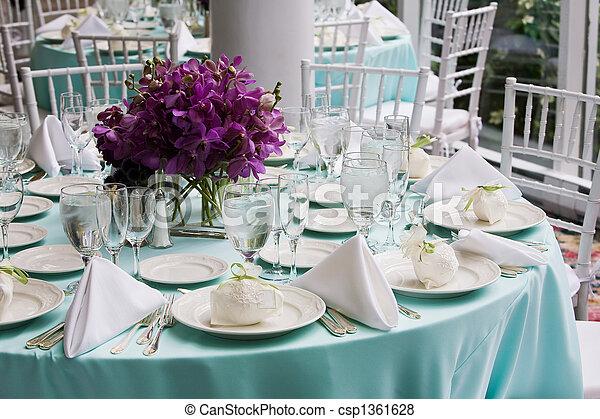tafel, trouwfeest - csp1361628