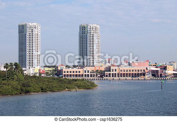 Tampa - csp1636275