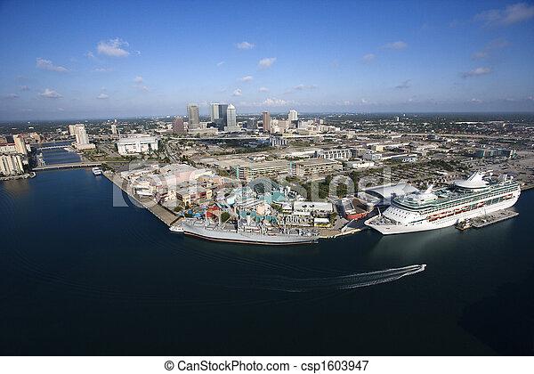 Tampa Bay Area. - csp1603947