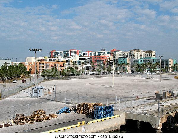 Tampa - csp1636276