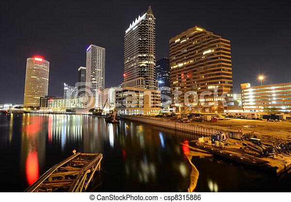 Tampa - csp8315886