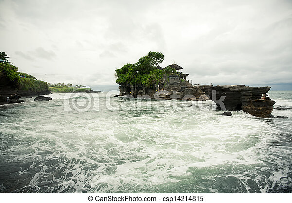 Tanah lot temple, Bali island - csp14214815