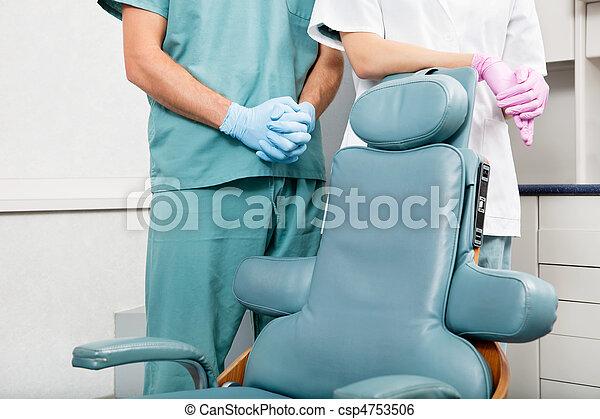 tandläkare, specificera - csp4753506