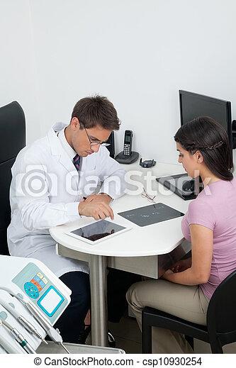 tandläkare, tålmodig, klinik, besökande - csp10930254