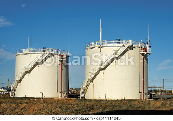 tanks., emmagasinage pétrole - csp11114245