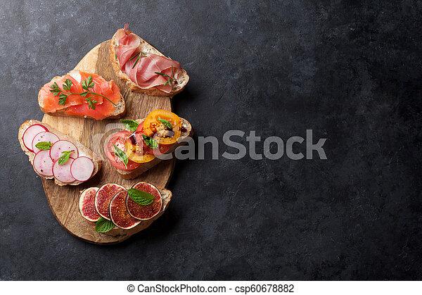 tapas, satz, oder, brushetta, spanischer  - csp60678882