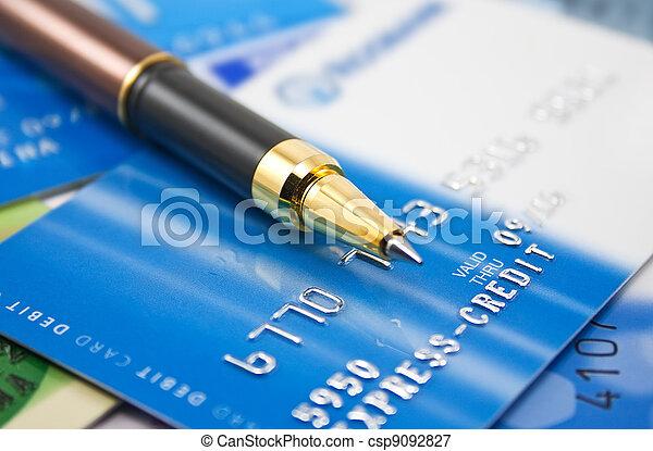 Tarjetas de crédito y bolígrafo - csp9092827