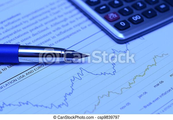 taschenrechner, finanzielles diagramm, stift - csp9839797