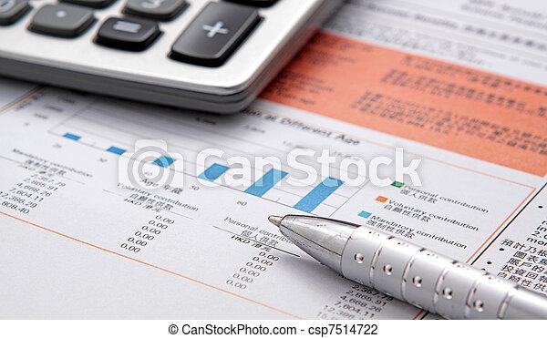 taschenrechner, tabelle, bestand - csp7514722