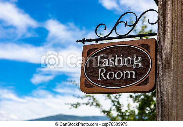 Tasting room wooden classic sign - csp76503973