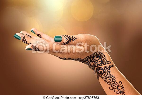 Tatouages Femme Henne Main Mariee Indien Noir Mehndi Tattoo