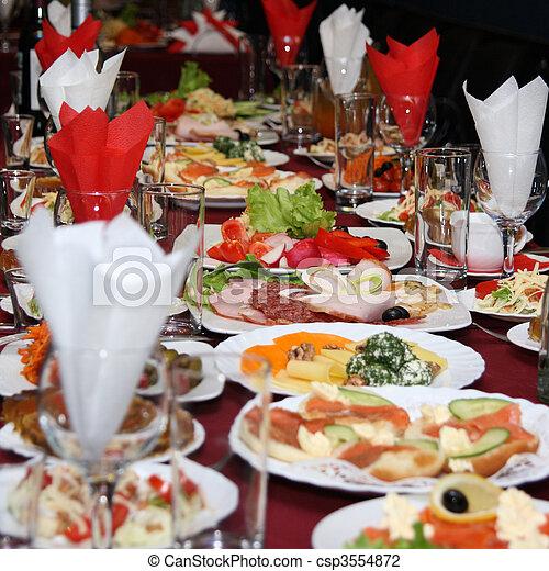 tavola, celebratory - csp3554872