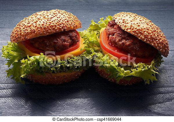 tavola, hamburger - csp41669044