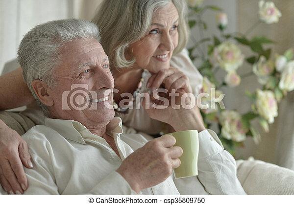 tea, öregedő emberek - csp35809750