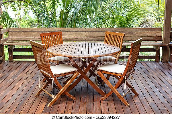 Möbel Terrasse teakholz möbel holz terrasse stehen stockfoto bilder und foto