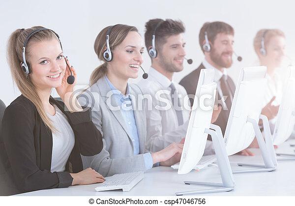 Team of telemarketers - csp47046756