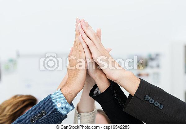 teamwork, samenwerking - csp16542283