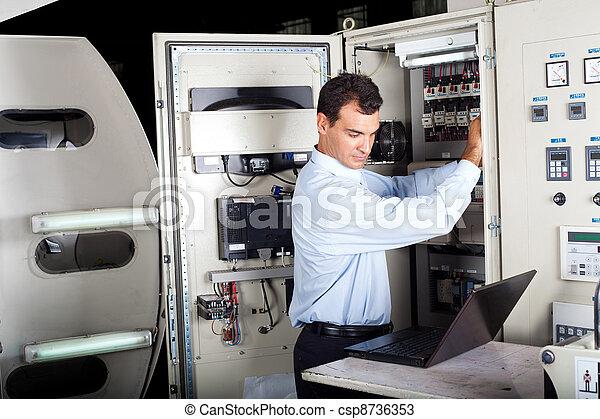 technikus, megjavítás, gép, ipari - csp8736353