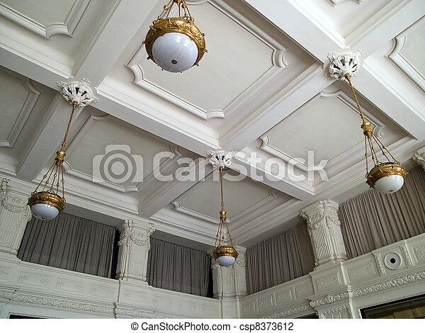 Un fresco del techo de una nave alisica - csp8373612