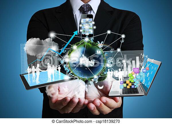 tecnologia, mãos - csp18139270