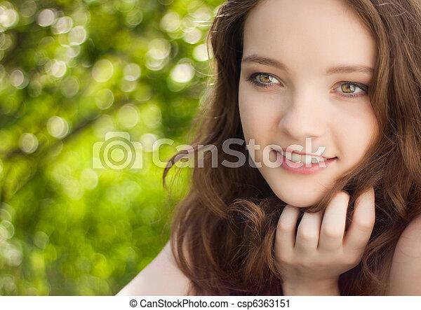 teen girl portrait outdoor - csp6363151