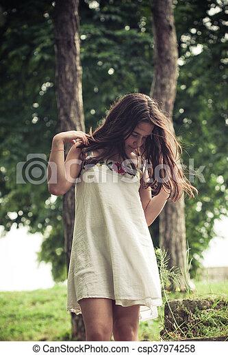 teen girl portrait outdoor - csp37974258